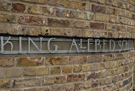 King Alfred outdoor mantle