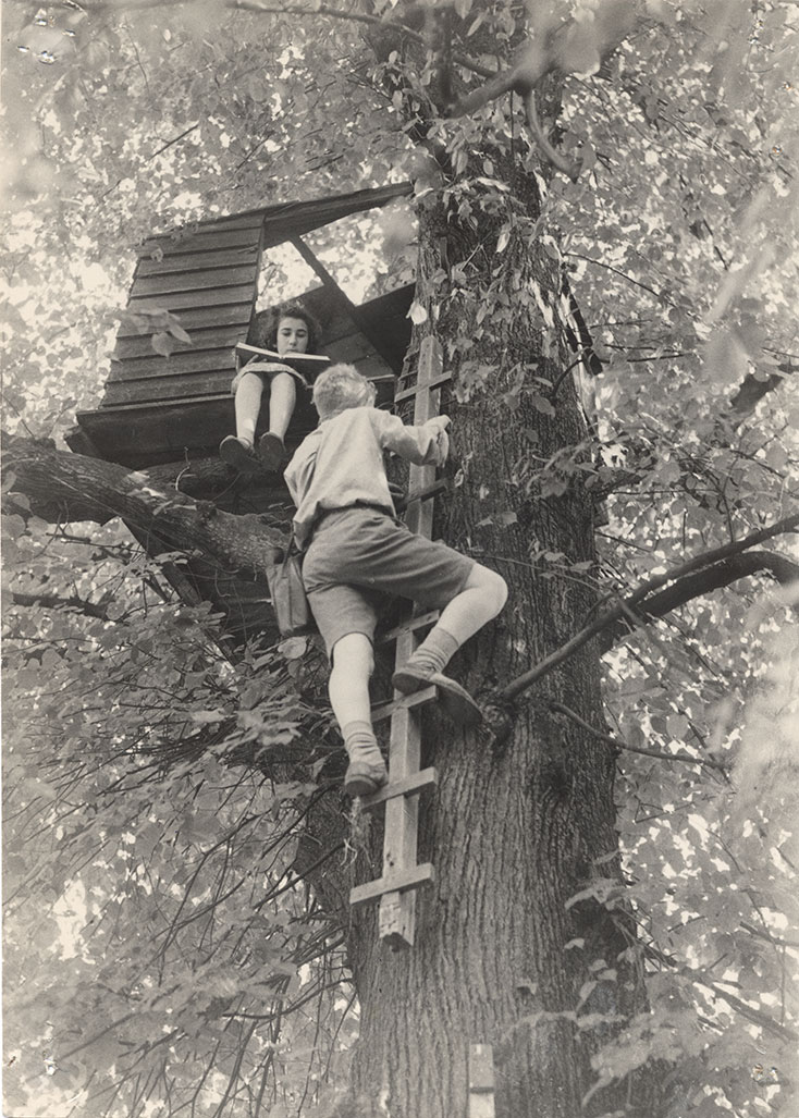 Original treehouse 1945